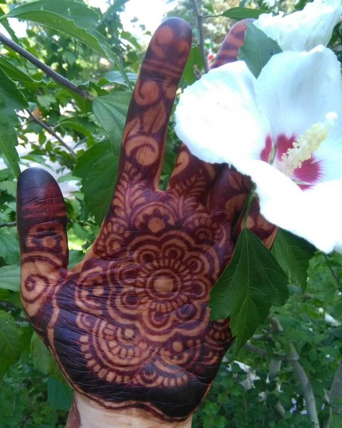 Hennapedia: The More You Know…